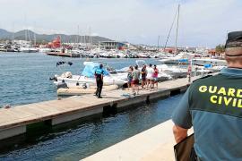 Detectados 11 chárters ilegales en la bahía de Sant Antoni en un día