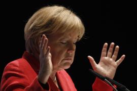 Merkel pone condiciones a las ayudas de la Unión Europea a Grecia