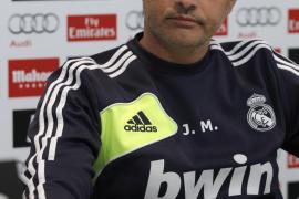 """Mourinho: """"Me gusta más como portero Diego López que Casillas"""""""