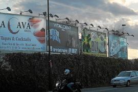 El GEN insta a Vila a retirar las vallas publicitarias de forma «inmediata»