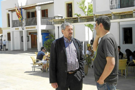 El eurodiputado de IU Willy Meyer propone acudir a Europa para proteger la posidonia
