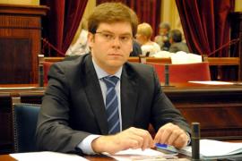 """Sansaloni rechaza dimitir y anuncia una respuesta """"inflexible"""" a la muerte de Alpha"""