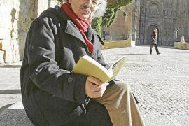 El portugués Nuno Júdice se hace con el Reina Sofía de poesía