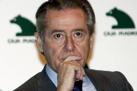 Prisión bajo fianza de 2,5 millones para el ex presidente de Caja Madrid, Miguel Blesa