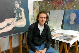 «Da bastante respeto pensar que Antonio López va a estar viendo lo que pinto»