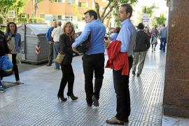 «Me sorprende que mis concejales estén de acuerdo con PSOE-Pacte»