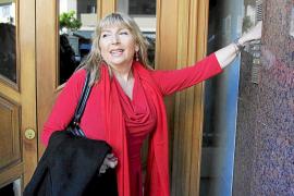 La alcaldesa presenta una baja médica y no formalizará su dimisión esta semana