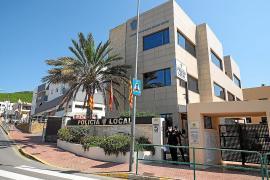 Detenido en Santa Eulària por golpear a su novia en la piscina de un hotel