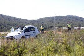 Muere en la carretera de ses Salines una mujer de 70 años tras chocar con un camión