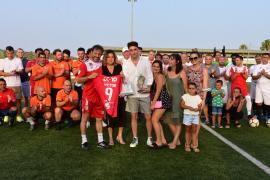 El torneo Jóvenes Glorias del fútbol pitiuso homenajea Víctor Sánchez Jara