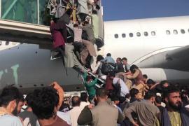 Imágenes de impacto en el aeropuerto de Kabul