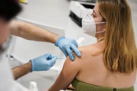 Cuando la vacunación del menor se complica