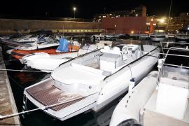 Una mujer, herida grave en las piernas tras un accidente con una embarcación en Sant Antoni