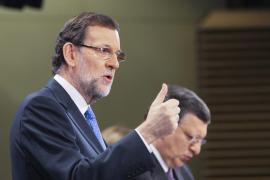 Rajoy ratifica que no subirá el IVA pero en el futuro «tocará» algún impuesto