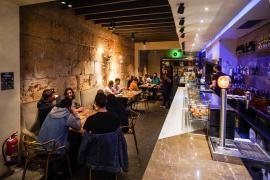 El Govern se da 30 días para decidir si pedirá el certificado en los bares
