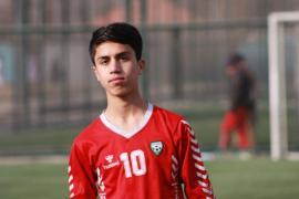 Zaki Anwari, futbolista de la selección afgana que cayó al vacío desde un avión estadounidense