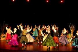 Vetlada de Fira amb Esclafits i Castanyetes. En el Teatre d'Artà.