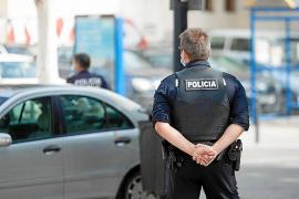 Detenido por golpear y pisotear a a su pareja en plena calle de Vila