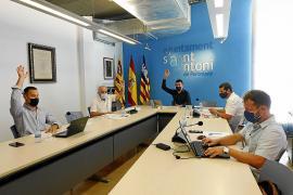 PSOE y PP frente a Cs y Podemos en la modificación de la ordenanza del taxi