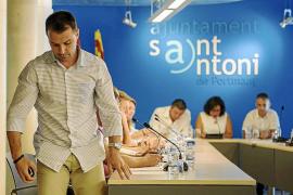 Sant Antoni frena el expediente que inició contra su secretario por la licencia ilegal de Cabezas