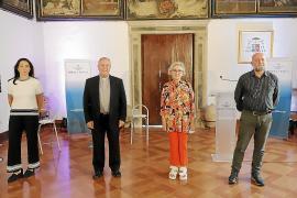 Sidival Fila 'teje' su arte religioso en Can Marquès, laGalería Baró y San Antoniet