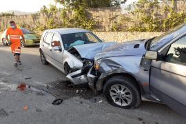 Violenta colisión frontal en Can Tomàs