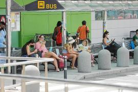 Los autobuses de Ibiza ofrecen un 60% del servicio de 2019 con el 45% de usuarios