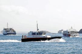 Formentera ve problemática la prohibición de dos maniobras simultáneas en la Savina