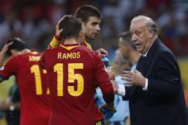 Del Bosque: «Son tres puntos magníficos  que nos ponen en buena disposición de pasar a semifinales»