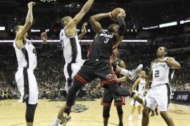 """114-104. Los """"Big Three"""" de los Spurs los ponen a un triunfo del título"""