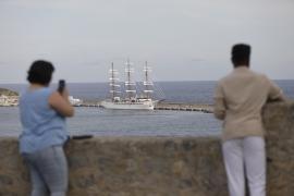 El velero de lujo 'Sea Cloud Spirit' recala en Ibiza