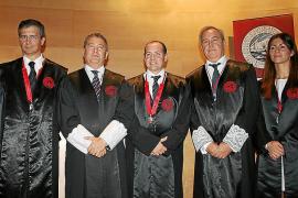 Entrega de insignias en el Colegio de Abogados de Balears