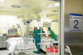 El Govern estudia rehabilitar los quirófanos del antiguo Can Misses para reducir las esperas