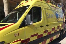 Un trabajador herido en Ibiza tras caerse desde una altura de tres metros en Cala Llonga