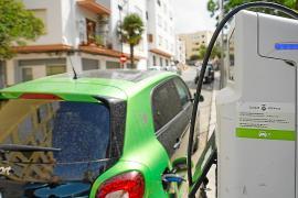 La recarga de vehículos eléctricos se ha duplicado de 2019 a 2021