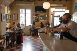 Las patronales piden más aforo en el interior de los restaurantes