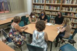 La Biblioteca municipal de Ibiza incorpora un club de lectura en catalán