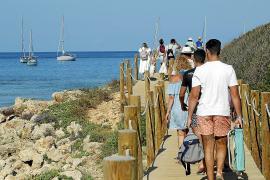 Baleares logra superar en julio la llegada de turistas nacionales de antes de la pandemia
