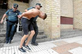 La Audiencia suspende el juicio por el asesinato a puñetazos de un joven británico en Sant Antoni