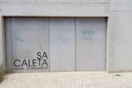 Medio Ambiente autoriza el proyecto del Consell de vallar el poblado fenicio de sa Caleta y las baterías militares
