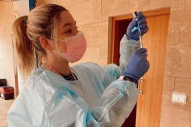 Citan a personas con algún trasplante para la tercera dosis de la vacuna de la COVID en Ibiza y Formentera
