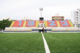 Renovadas las gradas del campo municipal de fútbol de Sant Antoni