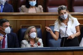 Gobierno y sindicatos acuerdan subir el SMI en 15 euros desde el 1 de septiembre