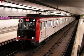 Buscan a los autores de un presunto ataque xenófobo a una menor en el Metro de Barcelona