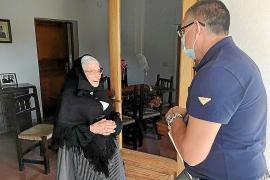 Maria Tur Marí, de Can Magdalena, cumple 100 años