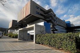 Autorizada la contratación del mantenimiento de los equipos de electromedicina de Ibiza y Formentera