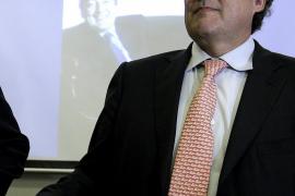 Rosell plantea suprimir o  limitar el cobro del paro en los despidos millonarios
