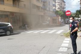 Sobresalto por un incendio generado en los conductos de ventilación de un local de Vila