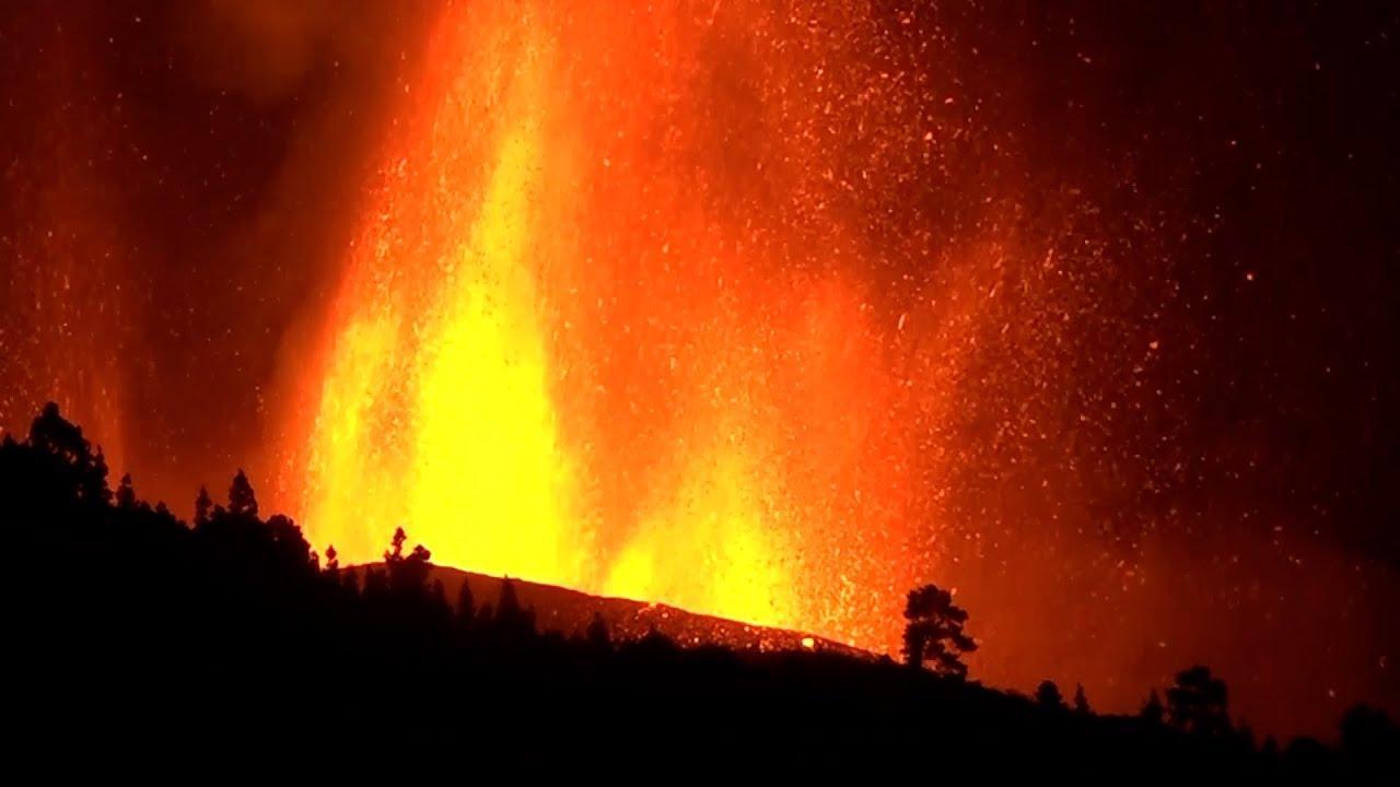 Aparece una nueva boca eruptiva en Tacande y se decide la evacuación de la zona