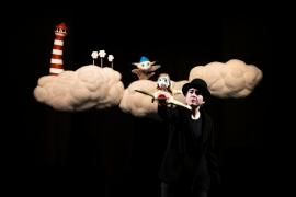 Llega a las Pitiusas la multipremiada obra infantil de títeres 'Nube Nube'